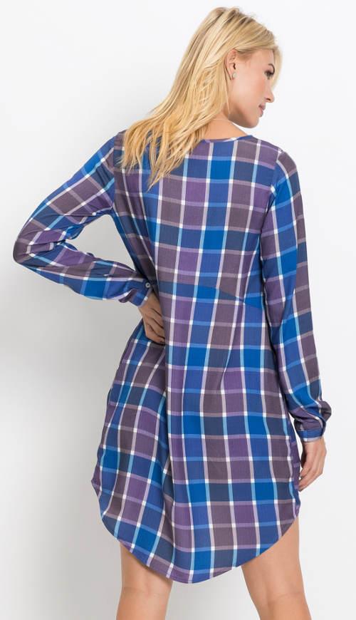 d2e355626053 Kostkované šaty s prodlouženou zadní části