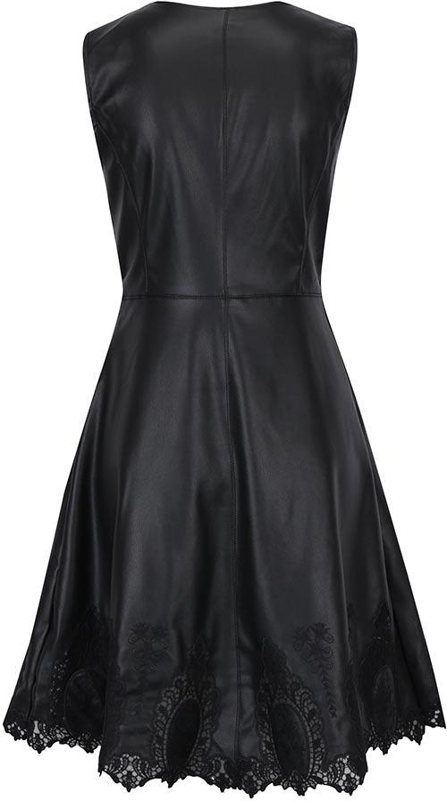Koženkové šaty s krajkovým lemem