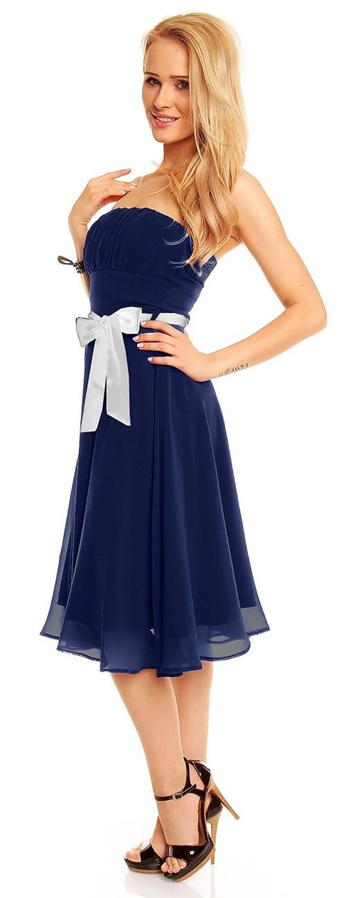 Modré šaty s bílou mašlí