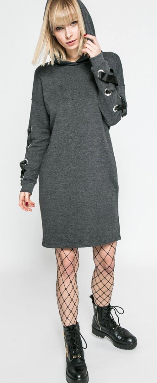 54880d3ea22b Šedé mikinové šaty s kapucí