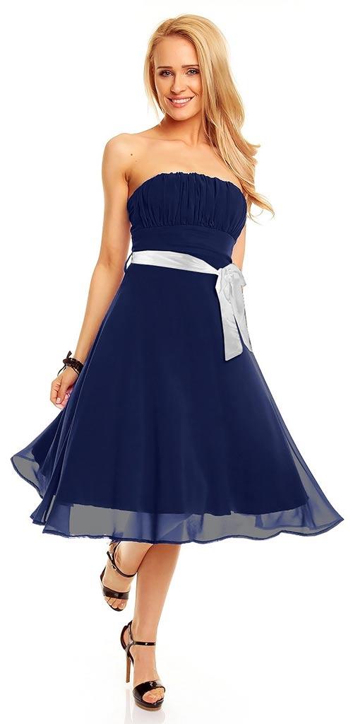 Splývavé šaty se širokou sukní