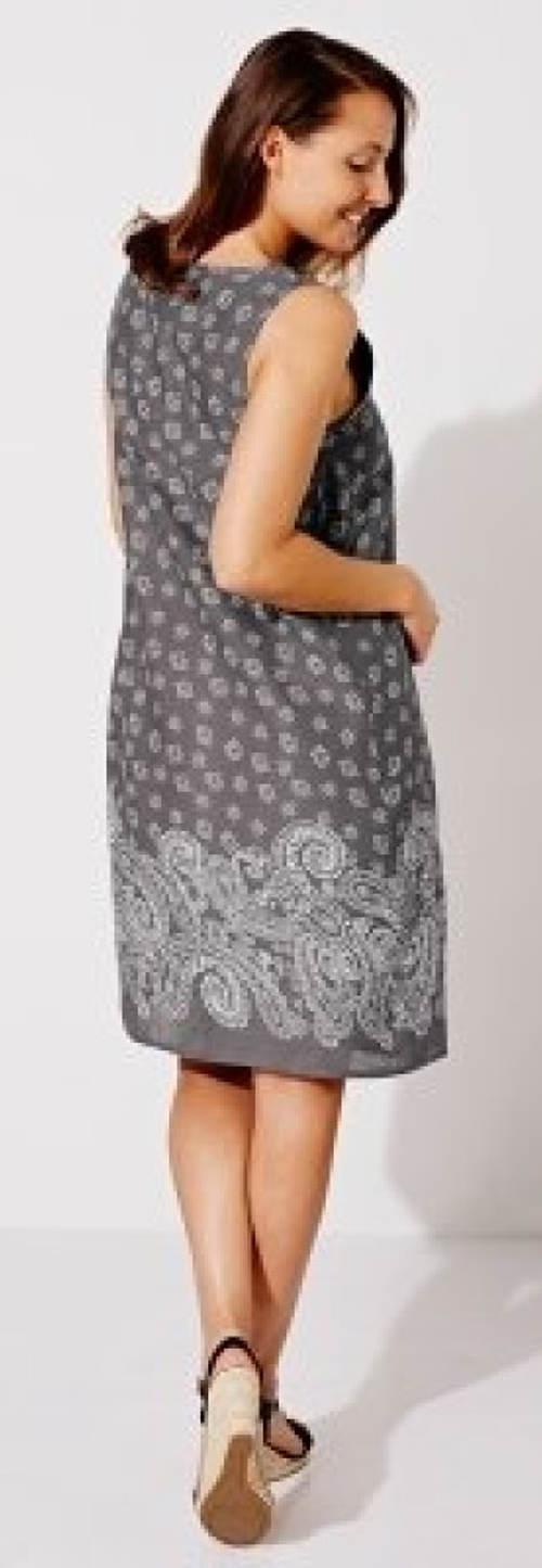 Bavlněné letní šaty pro plnější tvary
