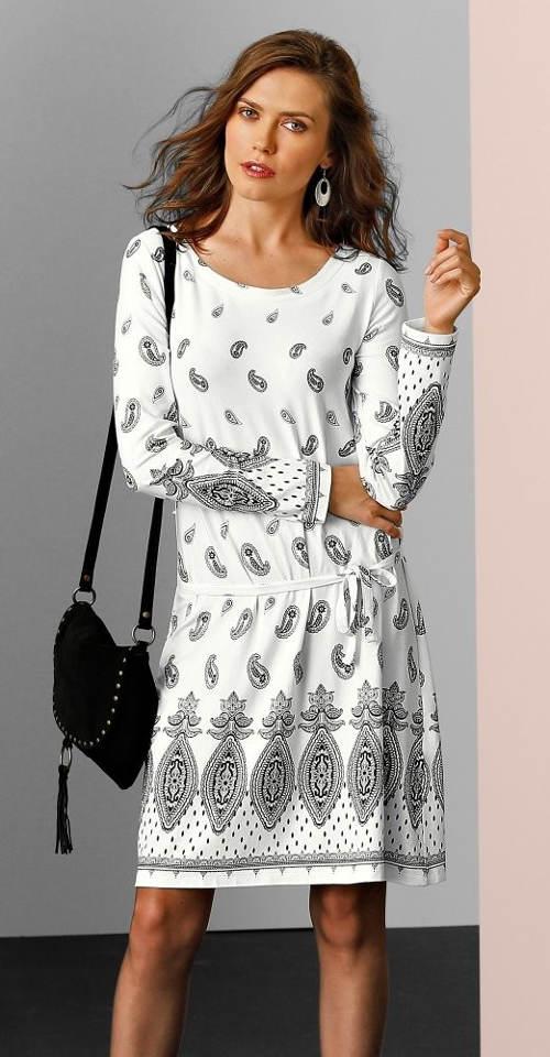5cbc0c94205 Bílé jarní šaty s potiskem a dlouhými rukávy