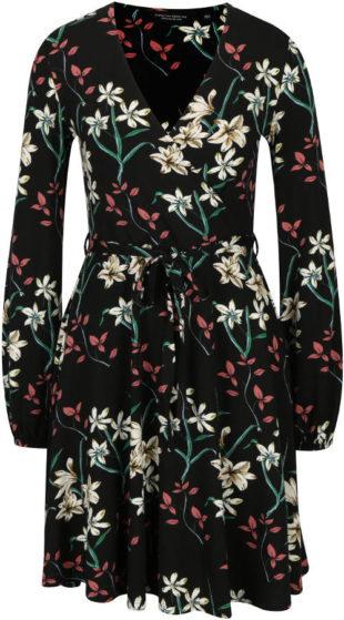 Černé květované šaty s překládaným výstřihem