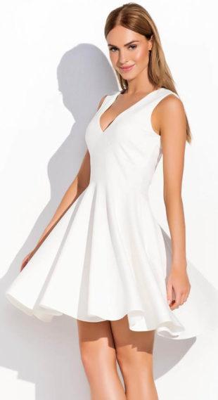 Letní šaty se širokou skládanou sukní