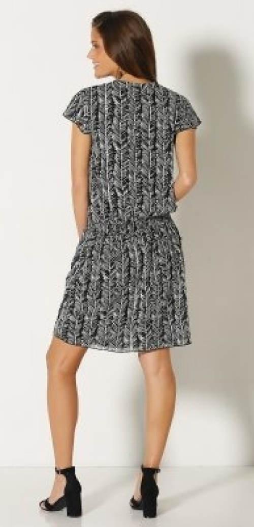Šaty s nízkým žabičkovým výstřihem