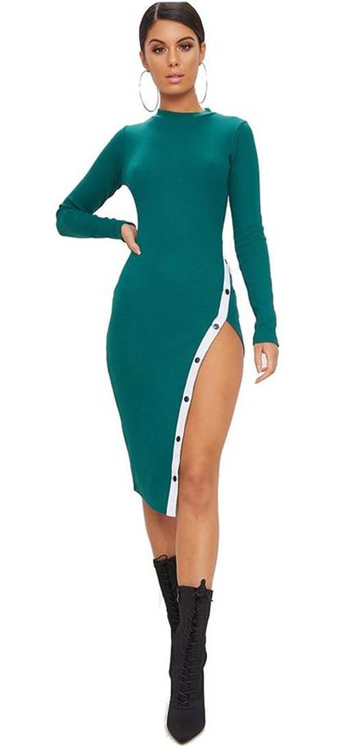 Smaragdově zelené bodycon šaty s otevřeným rozparkem