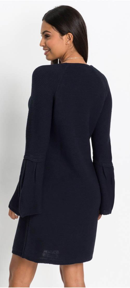 Tmavě modré zimní šaty