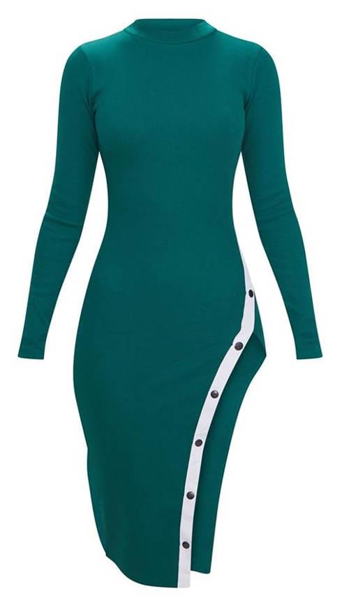 Zelené šaty s dlouhými rukávy