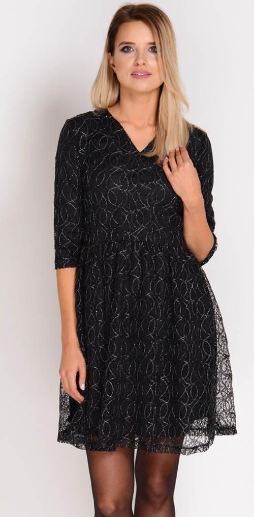 Černé celokrajkové šaty