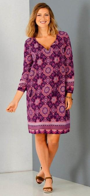 Nadměrné šaty s potiskem a dlouhými rukávy