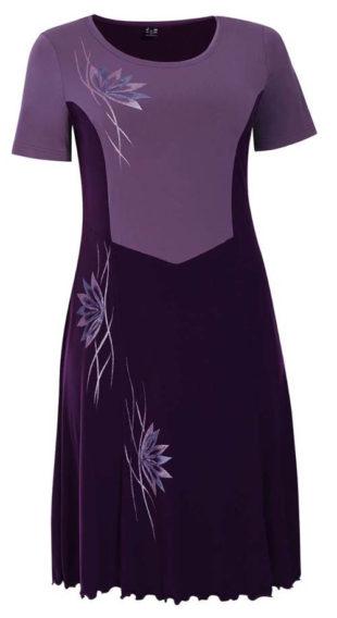 Nadměrné šaty pro svatební matky