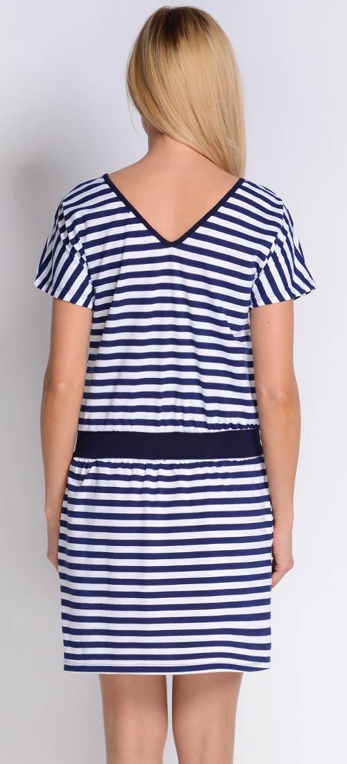 Námořnické šaty na dovolenou