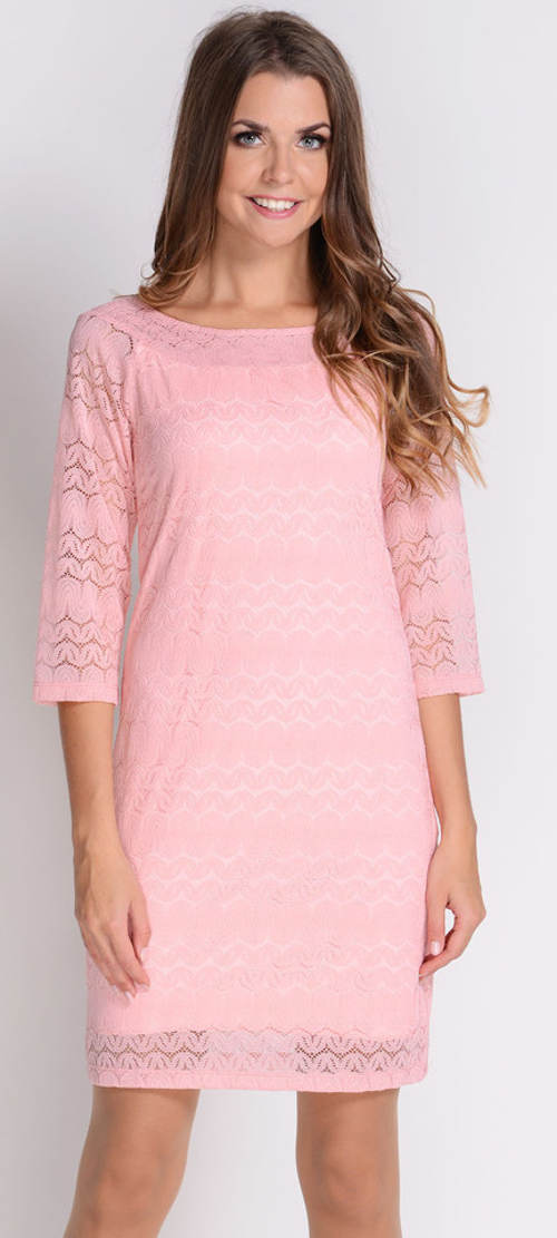 Růžové krajkové šaty s tříčtvrtečním rukávem