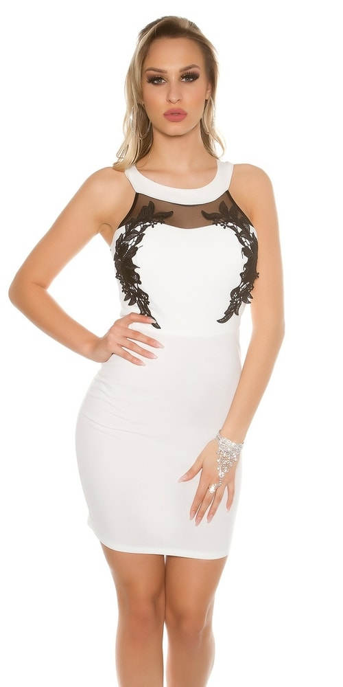 Úplé bílé šaty s černou krajkou