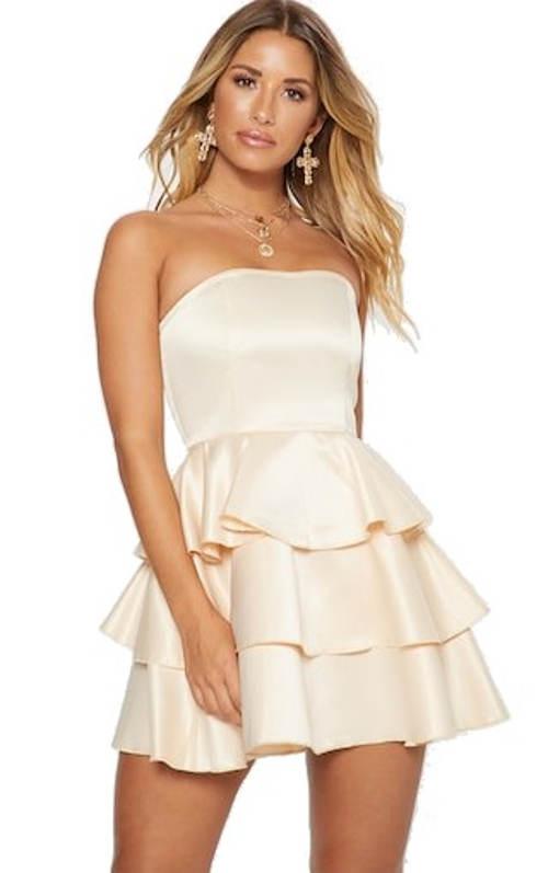 Bandeau šaty se skládanou volánkovou sukní