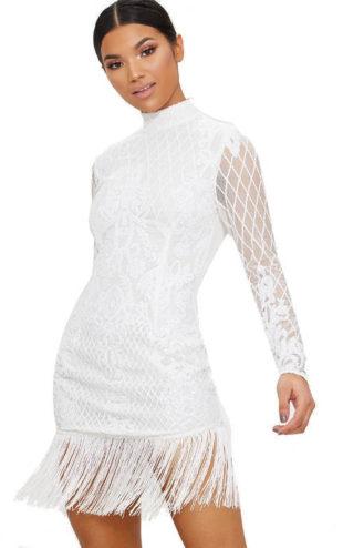 Bílé krajkové šaty s třásněmi