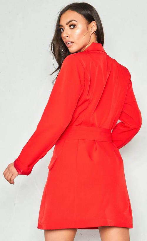 Červené kabátkové šaty