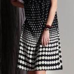 Šaty pro plnoštíhlé s puntíky a volány