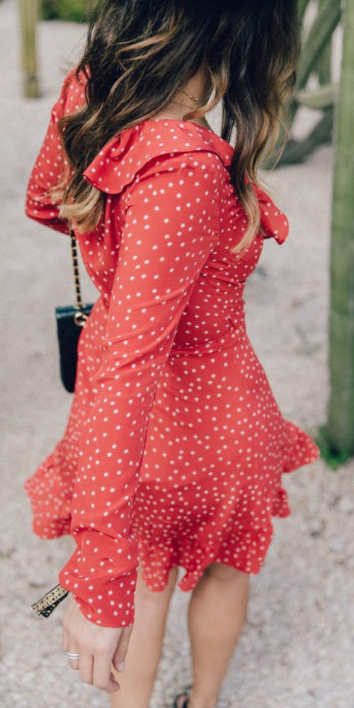 Lehounké puntíkované šaty