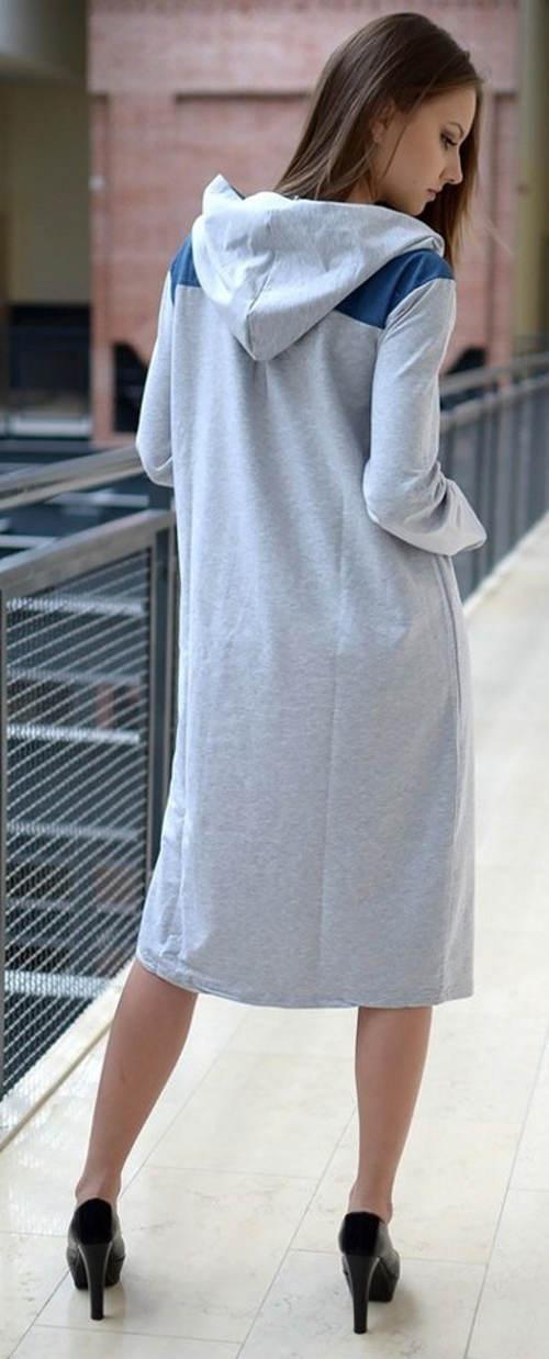 Zimní šedé šaty s kapucí