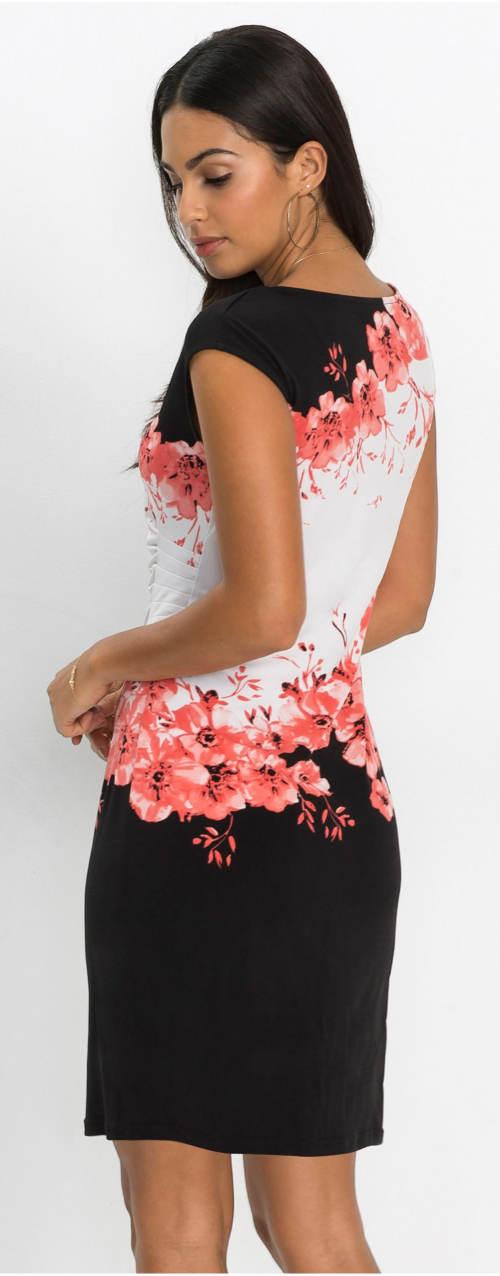 Letní šaty nadměrných velikostí