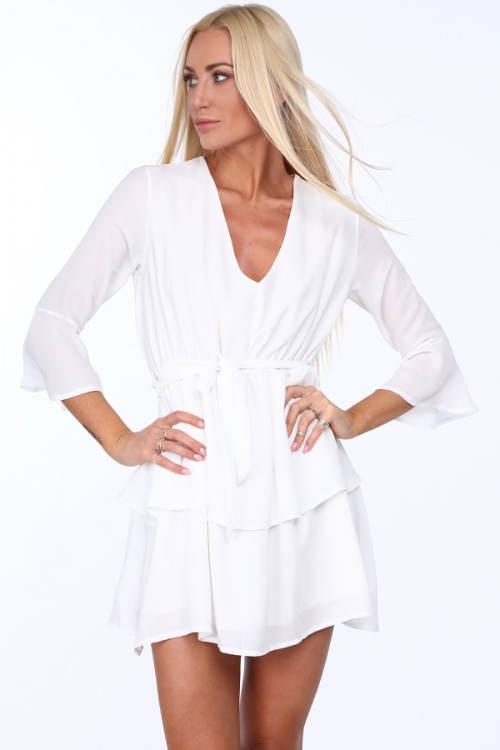 Krátké bílé společenské šaty
