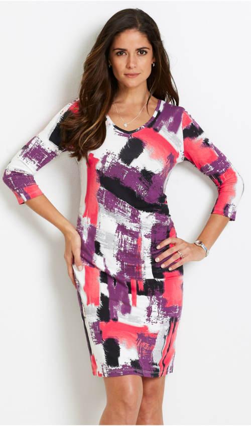 Úplé šaty s tříčtvrtečním rukávem