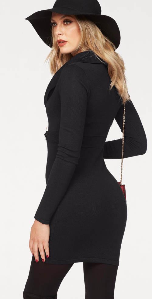 Černé úpletové šaty k legínám