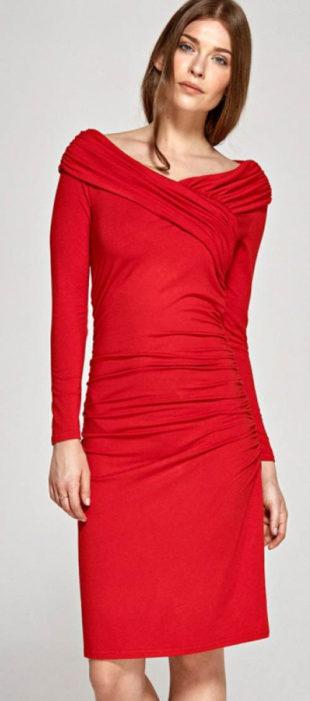 Červené společenské šaty s řaseným překřížením v dekoltu