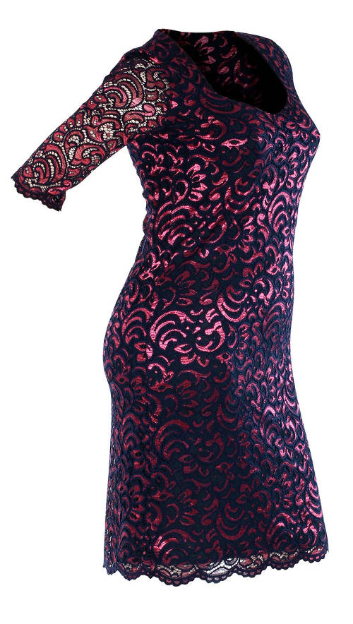 Krajkové pouzdrové šaty pro plnější tvary