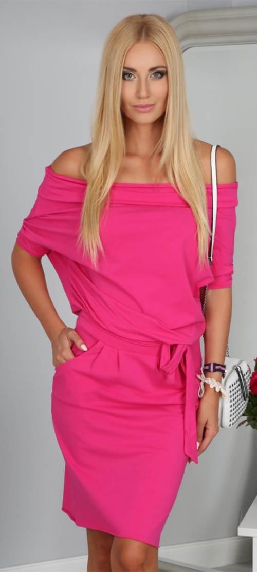 Růžové letní šaty se spadlými rameny