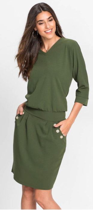 Šaty z jemného úpletu v mechově zelené barvě