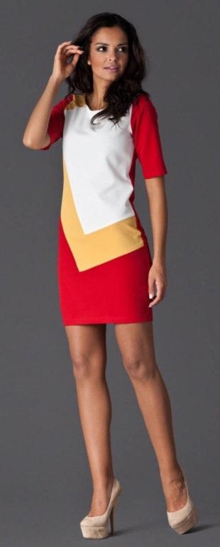 Barevné šaty Figl pouzdrového střihu
