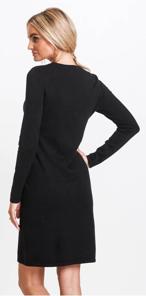 Černé šaty z měkké látky