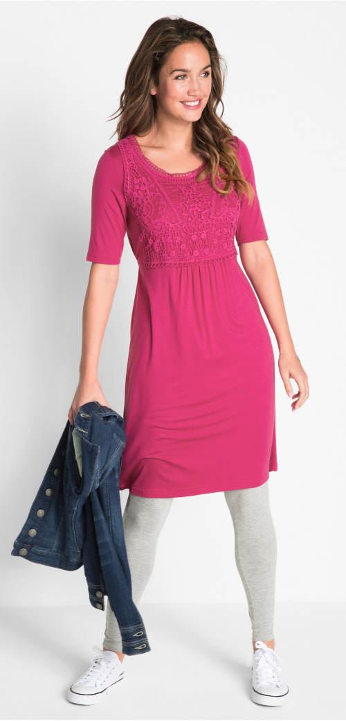 Fialové podzimní šaty k legínam
