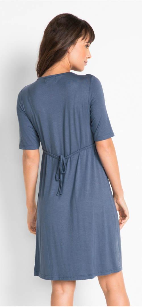 Jednoduché indigo šaty