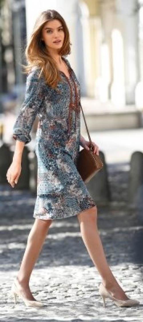 Patchwork šaty pro plnoštíhlé