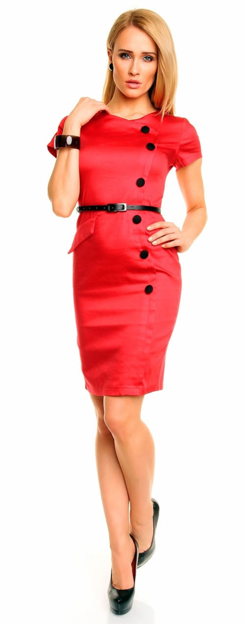 Červené casual šaty s ozdobnými černými knoflíky