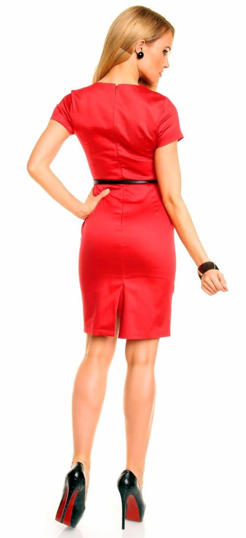Červené splečenské šaty s černým páskem