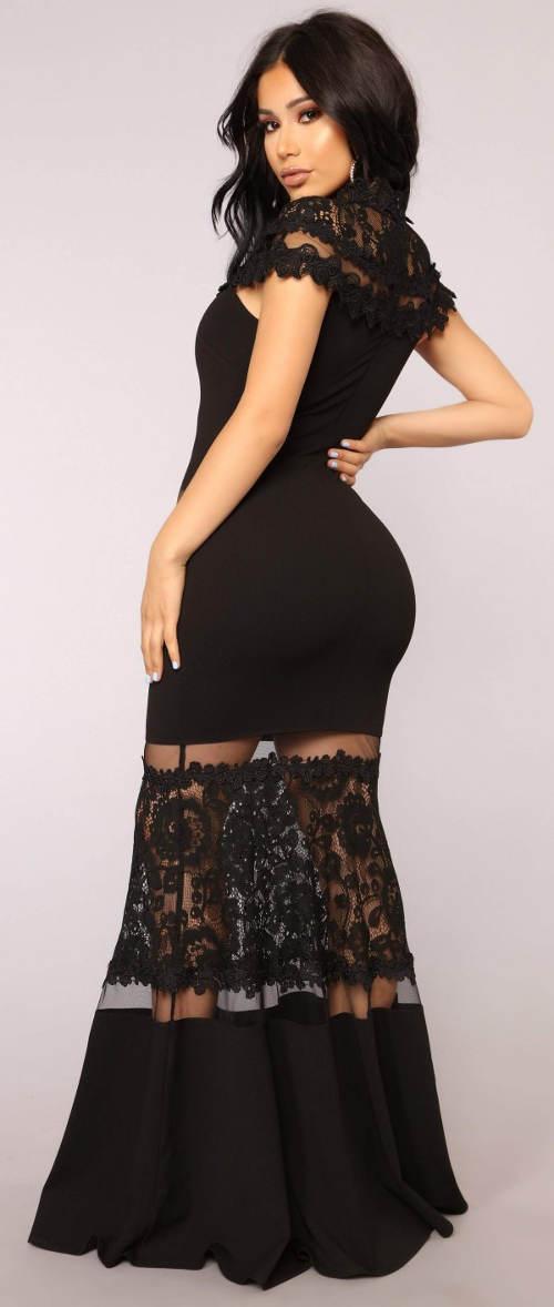 Dlouhé černé plesové krajkové šaty