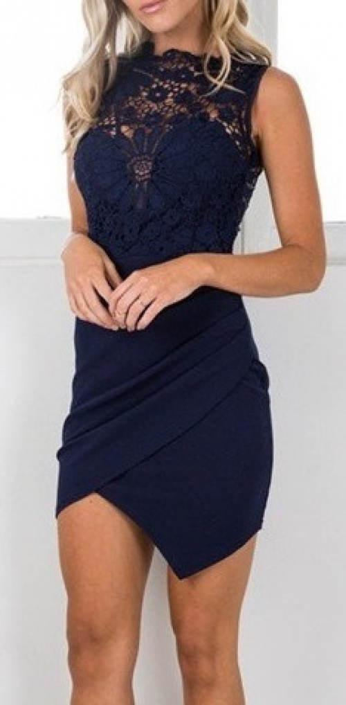 Krajkové šaty se zavinovací asymetrickou sukní