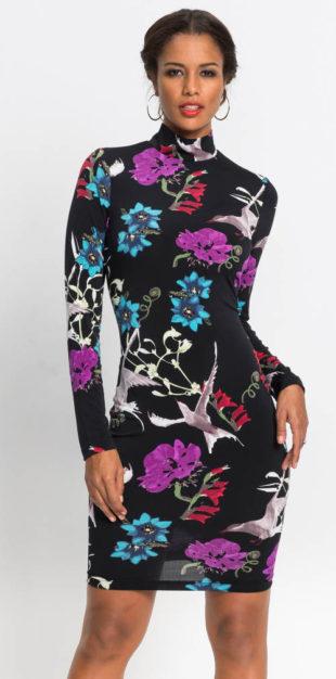 Kratší květované šaty s dlouhým rukávem