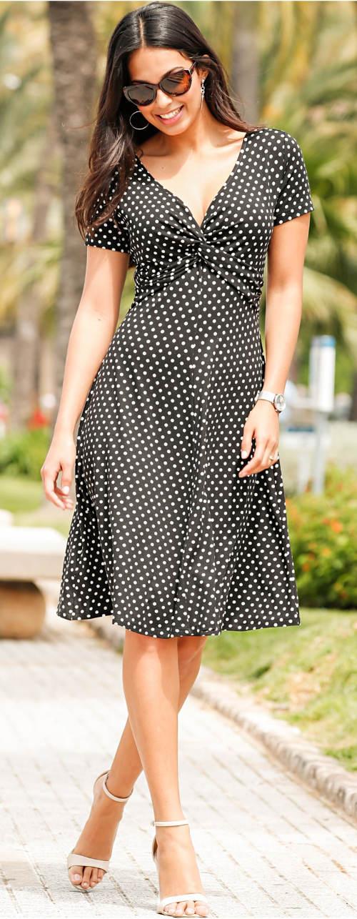 Puntíkované dámské letní šaty s uzlem