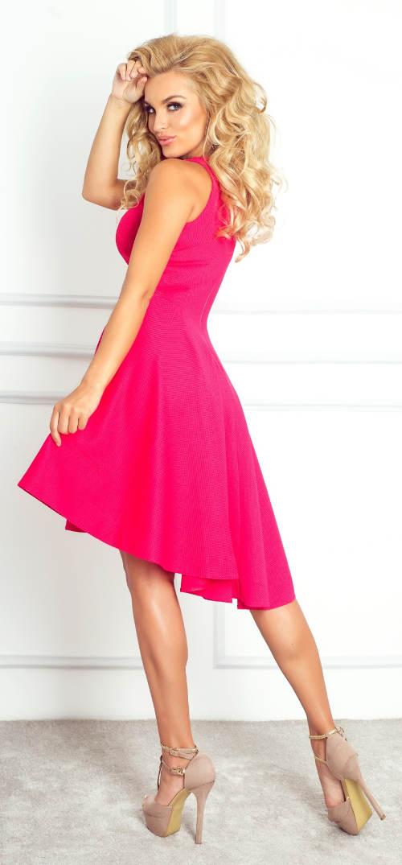Růžové asymetrické plesové šaty