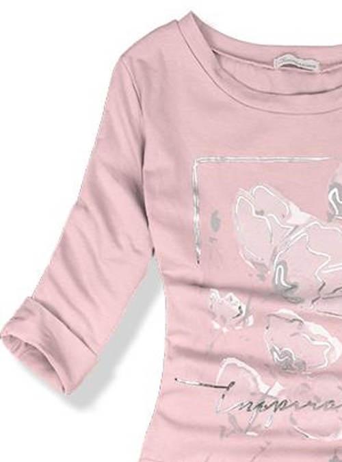 Růžové dámské šaty s tříčtvrtečním rukávem