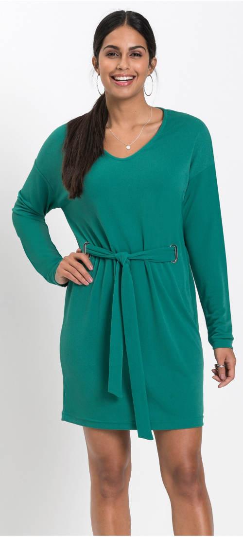 Smaragdové šaty s dlouhým rukávem