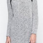 Světle šedé mini šaty z pružné úpletoviny