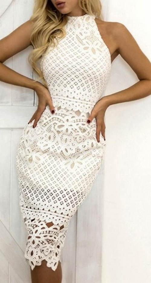 Úplé krajkové midi šaty