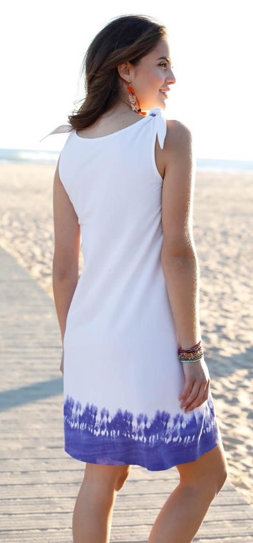 Bílo-modré batikované letní šaty